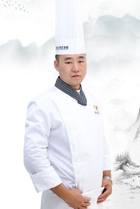 <b>晋世超</b>