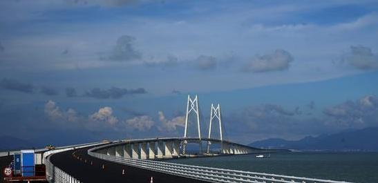 骄傲!港珠澳大桥正式通车,有来自陕西新纪元的一份力量!